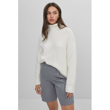 Womens-White-Turtleneck-Sweater-93119178