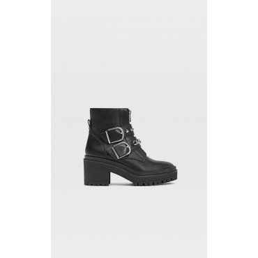 Ankle-boots-with-track-soles-and-zip-with-chain-detail-19910670-I2020