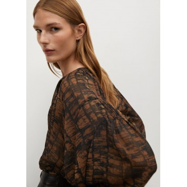 Printed-pleated-blouse