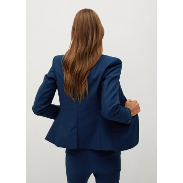 Fitted-suit-blazer